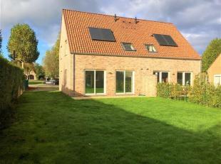 Schitterende energiezuinige nieuwbouwwoning met terras, tuin en tuinhuis.<br /> Inkomhal met apart toilet, klare living met open volledig ingerichte k