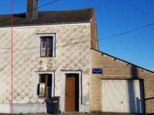 Deels vrijstaande stenen woning (te renoveren, +- 207m² totale opp./+- 95m² woonopp.) met garage, berging en tuin, op 8 are en 30 centiare.I