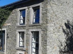 Très charmant duplex (style loft, +- 121m² au total, +- 110m² habitables, 2 chambres / 2 salles de bains) avec jardin, situé d