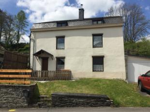 SOUS COMPROMIS DE VENTE - Magnifique maison 4 façades située au cur du village de Warmifontaine comprenant une terrasse et un agr&eacute