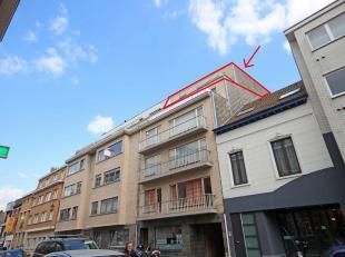 Centraal gelegen 1-slaapkamer appartement met 2 terrassen, garage en kelder te Tervuren. Super ligging in het centrum en vlak bij tram, park en winkel