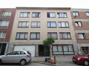 Zeer goed gelegen appartement met balkon in het centrum van Tervuren, 3de verdieping van klein gebouw, 65m² vloeroppervlakte, inkomhal (7m²)