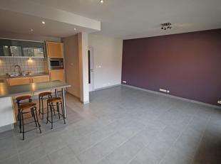 Rustig gelegen en lichtrijk appartement in het centrum van Leuven met kelder en overdekte parkeerplaats (65€/maand verplicht bij te huren), 2de verdie