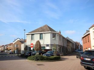 Immeuble commerciale/bureau spacieuse, bonne situation à Wezembeek-Oppem, près du chaussée de Malines. Antérieurement bure