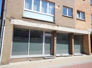 Heel ruim, verder in te richten 'loft' appartement of ruime handelsruimte, gelegen in het centrum van Tervuren, totale opp: 110m² met bijzonder r