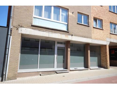 Handelsgelijkvloers te koop in Tervuren, € 220.000