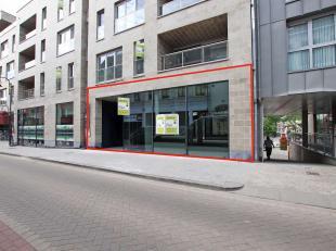 Fantastisch, exclusief handelspand – kantoorruimte, gelegen in de belangrijkste Tervurense handelsstraat (A – locatie), nieuwbouw en hedendaagse uitst