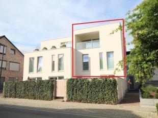 Prachtig nieuwbouwappartement (triplex koppelwoning) met 2 prachtige terrassen gelegen te Overijse, nabij openbaar vervoer, winkels (Colruyt, Delhaize