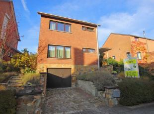 Belle maison MEUBLÉ individuelle avec 4 chambres dans une rue calme à Heverlee.<br /> Rez de chaussée : hall d'entrée (12m