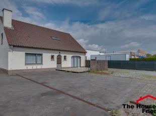 U bent op zoek naar een woning waar u tegelijk kan wonen en uw beroep kan uitoefenen? En op zoek in Oostakker (Gent)? STOP!! STOP!!<br /> Dan heeft u
