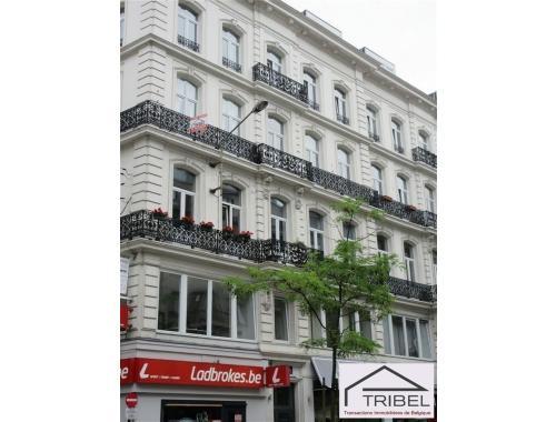 Appartement te huur in Brussel, € 890