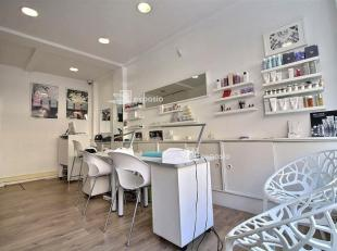 DIRECT-IMMO : QUARTIER JANSON Institut - Salon de beauté à remettre de ±60m² - Maquillage permanent - Traitement visage - Mi