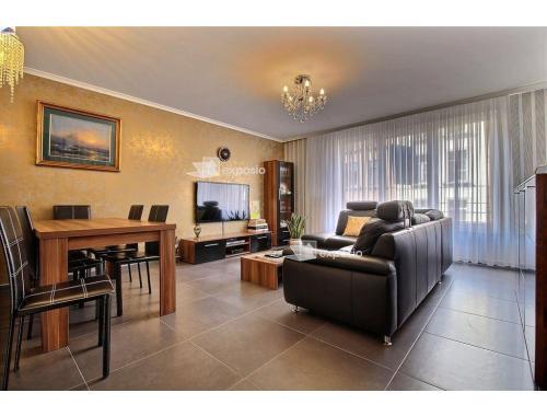 Appartement te koop in Sint-Jans-Molenbeek, € 259.000