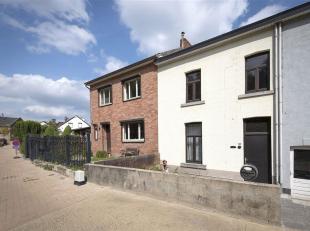 Te renoveren gezinswoning gelegen op een leuke locatie in het sfeervolle Kanne. Het dorp wordt omgeven door de natuurgebieden Caestert en Sint-Pieters