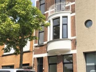 Vernieuwbouw! U bent op zoek naar een leuk appartement met 1 slaapkamer? Dan kan u best even een afspraak maken met ons! Deze eigendom werd volledig g