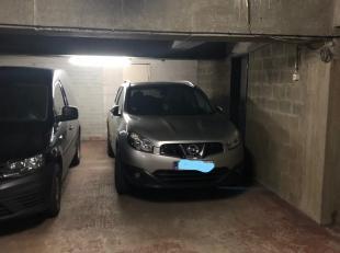 Garage à vendre                     à 2140 Borgerhout