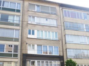 Prachtig volledig instapklaar retro designed appartement op het 2de verdiep met terras nabij de Kerkstraat/Laar.<br /> EPC : 141 kWh/m² , nr.: 55