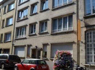 Mooi en gezellig 2-slk appartement in een éénrichtingsstraat vlakbij de bruisende Kerkstraat.<br /> In nabijheid van winkels, scholen, o