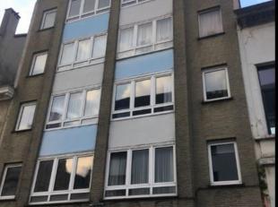 Charmant gerenoveerd appartement met grote living, uitgeruste keuken met terrasje (vergezicht) en 2 slaapkamers.Gelegen aan het heraangelegde Moorkens