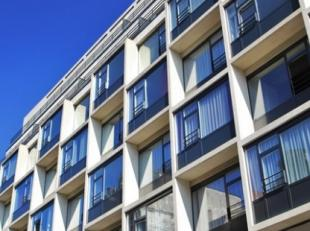 Bel ons vrijblijvend voor meer info 0800 997 33 Residentie Brussels Square is een vastgoedproject met een hart en een ziel. Dit project op wandelafsta