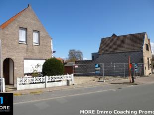 """Goed gelegen stuk bouwgrond te koop in het"""" Oude Knokke"""". Heel interessante verkoopprijs bij aankoop van de 2 loten naast elkaar. Vraag ons om de voor"""
