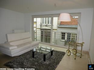 Ongemeubeld appartement in het centrum van Blankenberge nabij de zeedijk en het casino. Het appartement omvat een ruime woonkamer met open geïnst