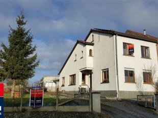 ONDER COMPROMIS !!3-gevel huis ideaal gelegen in Lettelingen, in een charmante residentiële straat, dichtbij voorzieningen : snelweg A8/E429 op +