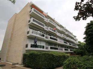 Appartement van 90m² met 2 slaapkamers en ruim terras!<br /> Rustig en groen gelegen op Linkeroever!<br /> Het gebouw ligt op wandelafstand van t