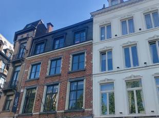 Immo à la Carte stelt voor :<br /> Mooi afgewerkt 1 slaapkamer appartement gelegen op de derde verdieping van een prestigieus herenhuis op de Z