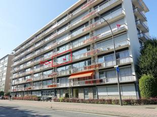 """Centraal gelegen, te renoveren appartement in Residentie """" De Rozelaar"""". Dit appartement is gelegen op de 3de verdieping in een gebouw met 2 liften.Vi"""