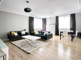 In the heart of Brussels : Large 3bedroom modern 125m² apartment. Entrance hall with tailor-made dressing room, 3 bedrooms of 14m², 12m&sup2