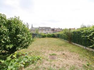 HAREN border SCHAERBEEK: Close to Schaerbeek and Evere, in the municipality of Haren (Brussels 1130), in a quiet and green area, near schools, kinderg