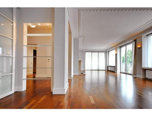 Appartement à louer à Bruxelles, € 1.950