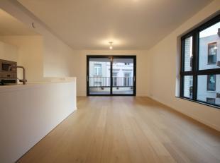 Superbe appartement neuf de Grand Standing (1ere occupation) 3ch à Ixelles L'appartement mesure 110 m2, avec une terrasse de 13 m2 Un grand liv