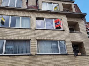Dit te renoveren appartement bevindt zich op enkele minuten van de markt van Sint-Niklaas en heeft een goeie bereikbaarheid! Het appartement bevat een