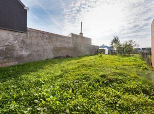 Leuke bouwgrond voor gesloten bebouwing in Brakel! In de nabijheid van scholen, winkels en openbaar vervoer.  U kan een woning realiseren met een bouw
