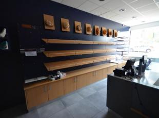 Bedrijfsvastgoed te koop                     in 5660 Couvin