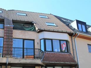In 'residentie Mares' bevindt zich een vier slaapkamer appartement met een bruikbare vloeroppervlakte van 125m² op de derde verdieping en de eers