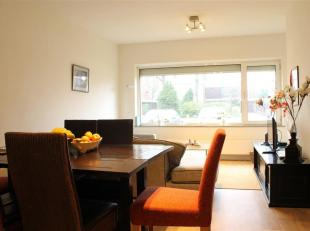 Gelijkvloers appartement met 2 slaapkamers en garage nabij centrum van Achel.<br /> Het appartement werd recent volledig gerenoveerd en is gesitueerd