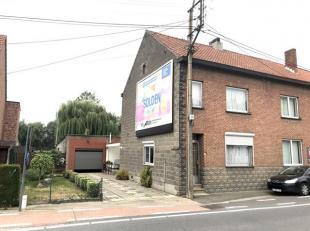 Deze goed onderhouden woning is gelegen op een perceel van 4a64ca langs de Hasseltsesteenweg te Melveren. Deze woning telt 3 slaapkamers en eventuele