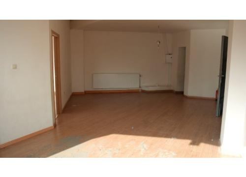 Appartement te huur in Berchem, € 580