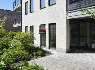 Deze assistentiewoning is gelegen op de gelijkvloerse verdieping van blok 3. Het appartement heeft een oppervlakte van 73,70 m², telt 1 slaapkame
