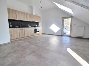 Nog geen nederlandstalige versie beschikbaarSituation idéale pour ce nouvel appartement situé à Libin, à proximité