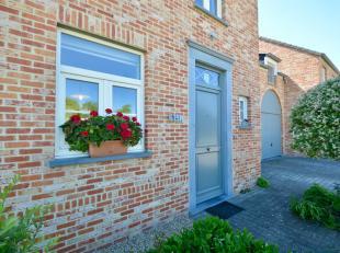 Deze mooie gezinswoning in pastoriestijl in halfopen bebouwing is gelegen in Goetsenhoven, een deelgemeente van Tienen. Ze is voorzien van alle comfor