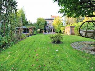 ESPINETTE CENTRALE - Très belle maison (±460m² bâtis) sise sur une très jolie parcelle (±8a90ca) sans vis-&agra