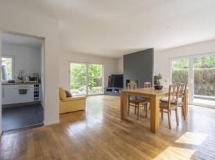 ---396.000 euro ou meilleur offre sous réserve d'acceptation par le propriétaire---Idéalement située dans le quartier du C