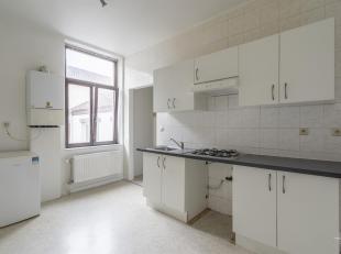 Cap Sud vous présente un appartement une chambre situé au premier étage, proche de la gare de et de toutes les commodités