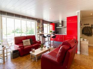Cap Sud vous propose ce superbe appartement rénové 2 chambres proche de toutes facilités. L'appartement dispose d'un hall d'entr&
