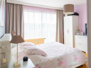 LOUECap Sud vous propose ce superbe appartement 2 chambres proche de toutes facilités. L'appartement dispose d'un hall d'entrée, d'un wc