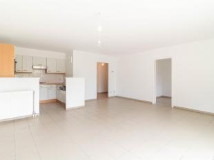 Cap Sud vous propose ce superbe appartement 2 chambres plus bureau! Excellente situation: proche de toutes facilités (à 50m de l'esplana